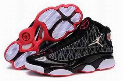 Basket Jordan 3 Retro Femme Noir/Rouge magasin